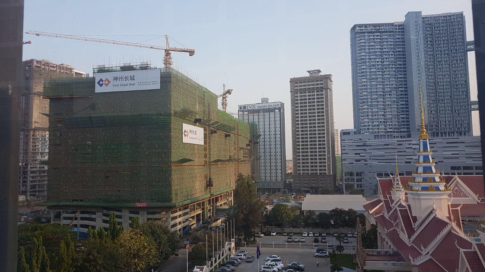 The Peak Construction